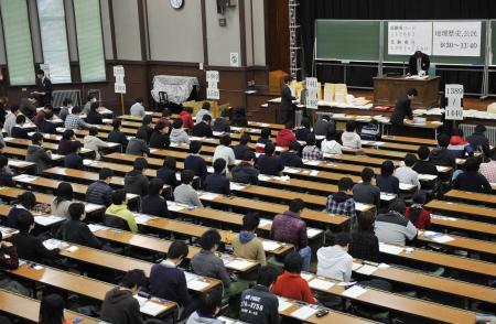 【受験生必見】東大生もミスった、センター試験注意事項!「休み時間戻ってきたら両側寝ていた」「リアルに回答がズレた」