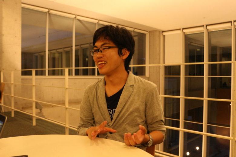 数十の言語を操り、世界を旅する推薦文学部の梶田くんの実態に迫る